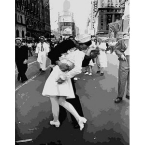 GХ4313 картина по номерам Моряк целует девушку 40х50 см