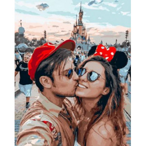 Картина по номерам 40х50 GX 29259 Поцелуй в ДиснейЛенде 40x50 см