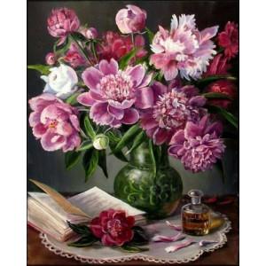 """GX24634 """"Пионы в вазе, духи, книга на столе"""", 40х50 см"""
